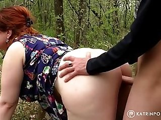 Wife gets fucked by a stranger In the park