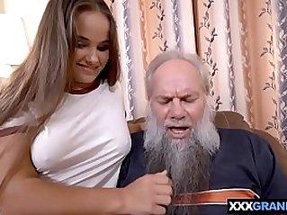 Grandpa with a grey beard fucking a curvy brunette babe