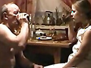 Amateur homemade sex session with a drunk tramp