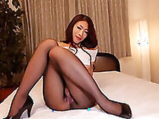 Beautiful shemale with a fetish stuffed with pantyhose